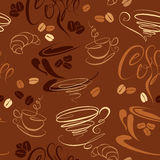 Seamless pattern with coffee cups, beans, croissan Royalty Free Stock Photos