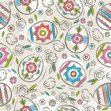 Seamless  pattern with color easter eggs, flowers and chicks.Ide Royalty Free Stock Photos