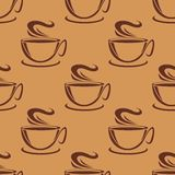 Seamless pattern of cups of steaming coffee Royalty Free Stock Photos