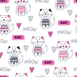 Seamless pattern with cute doodle cats Royalty Free Stock Images