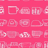 Seamless pattern with drawn cups of tea and coffee. Winter drinks. stock illustration