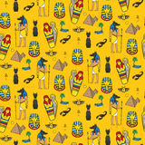 Seamless pattern with egyptean elements such as anubis, mummy Royalty Free Stock Photos