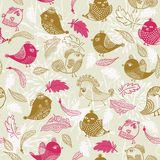 Seamless pattern with feathers and birds in vector Royalty Free Stock Photos