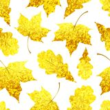 Seamless pattern with Golden sparkling maple and oak leaves royalty free stock photos