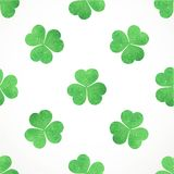 Seamless pattern of green shamrocks clover Stock Photo