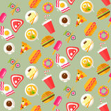 Seamless pattern with healthy and junk food Royalty Free Stock Photos