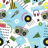 Seamless pattern in memphis style with hand drawn retro musical equipment. Record player, headphones, cassette. Vinyl, microphone. Background in trendy 80s-90s Royalty Free Stock Images