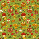 Seamless pattern with mushrooms green Royalty Free Stock Images