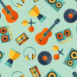 Seamless pattern with musical instruments in flat Royalty Free Stock Photos