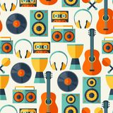 Seamless pattern with musical instruments in flat Royalty Free Stock Images