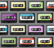 Seamless pattern with old audio cassettes Royalty Free Stock Photos