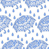 Seamless pattern with ornamental umbrellas and rain Royalty Free Stock Photos