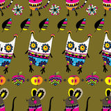 Seamless pattern with owls and mice. Royalty Free Stock Images