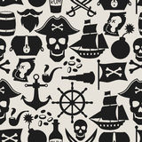Seamless pattern on pirate theme with objects and Royalty Free Stock Photos