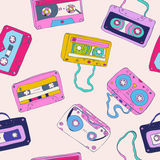 Seamless pattern of retro cassette tapes Royalty Free Stock Images