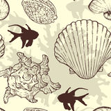 Seamless pattern with sea shells and fishes Royalty Free Stock Photos