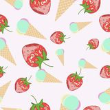 Seamless pattern with strawberry and ice-cream Royalty Free Stock Photography