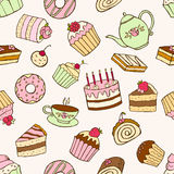 Seamless pattern of sweet cupcakes and cakes Royalty Free Stock Image