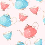 Seamless pattern with tea pots and cups Royalty Free Stock Images