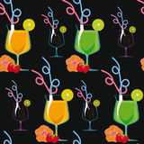 Seamless pattern. Tropical cocktails on a black background. Royalty Free Stock Photography