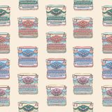 Seamless pattern with vintage typewriters Royalty Free Stock Images