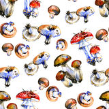Seamless pattern with watercolor drawing mushrooms Royalty Free Stock Photo