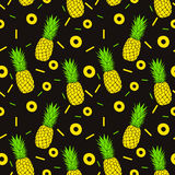 Seamless pineapples pattern royalty free stock photos