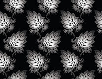 Seamless royal silver leaves wallpaper Royalty Free Stock Images