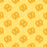 Seamless salty pretzels background. Royalty Free Stock Photography
