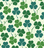 Seamless summer pattern with clover, trefoil  Endless background with decorative flowers Royalty Free Stock Photos