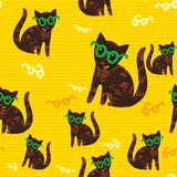 Seamless texture with nice cats in glasses Royalty Free Stock Images