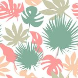 Seamless tropical leaves pattern Royalty Free Stock Photos