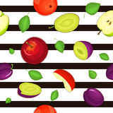 Seamless vector pattern of ripe apple and plum fruit. Striped background with delicious juicy plums and apples slice. Half leaves. Vector fresh fruit Royalty Free Stock Images