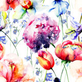 Seamless wallpaper with Beautiful flowers Royalty Free Stock Photography