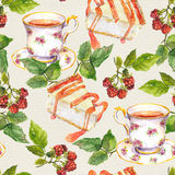 Seamless watercolor wallpaper - tea cup, cheese cake, raspberry berries Royalty Free Stock Photography