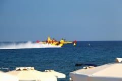 Seaplane Splashdown (νερό που προσγειώνεται) Στοκ εικόνες με δικαίωμα ελεύθερης χρήσης