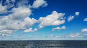 Seascape άποψη της μεγάλης λίμνης Στοκ εικόνες με δικαίωμα ελεύθερης χρήσης