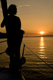 seascape γυναίκα ηλιοβασιλέμα&tau Στοκ εικόνες με δικαίωμα ελεύθερης χρήσης