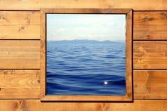 seascape δωματίων παράθυρο όψης ξύ&lamb Στοκ φωτογραφία με δικαίωμα ελεύθερης χρήσης