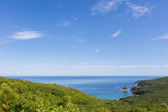 seascape θάλασσας μπλε βράχων καλοκαίρι ουρανού Στοκ εικόνα με δικαίωμα ελεύθερης χρήσης