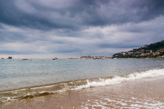 Seascape και θύελλας σύννεφα στο Μαυροβούνιο, Ευρώπη στοκ φωτογραφία με δικαίωμα ελεύθερης χρήσης