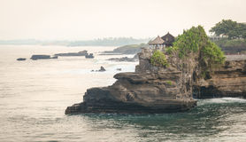 Seascape με τους βράχους στο Μπαλί, Ινδονησία Στοκ εικόνα με δικαίωμα ελεύθερης χρήσης