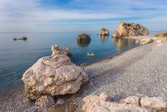 Seascape με το tou Romiou της Petra σε Pafos, Κύπρος Στοκ Εικόνα