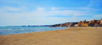 Seascape στην Ιταλία, κοντά σε Nettuno Στοκ Εικόνα
