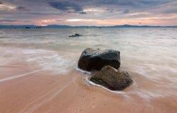 Seascape στο ηλιοβασίλεμα Στοκ φωτογραφία με δικαίωμα ελεύθερης χρήσης