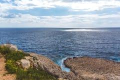 Seascape в Кипре Ayia Napa, национальном Forest Park стоковые фото