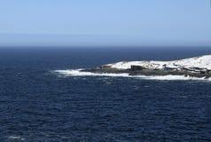 Seascape зимы вдоль следа ` s Троя отца в Ньюфаундленде Канаде, около Flatrock Стоковая Фотография RF