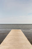 Seascape моста цемента на пути к частной гавани в Thaila Стоковое Изображение