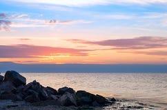 Seascape Облицовывает прибрежное на предпосылке моря Стоковые Изображения