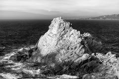 Seascape пункта Lobos в черно-белом стоковое изображение